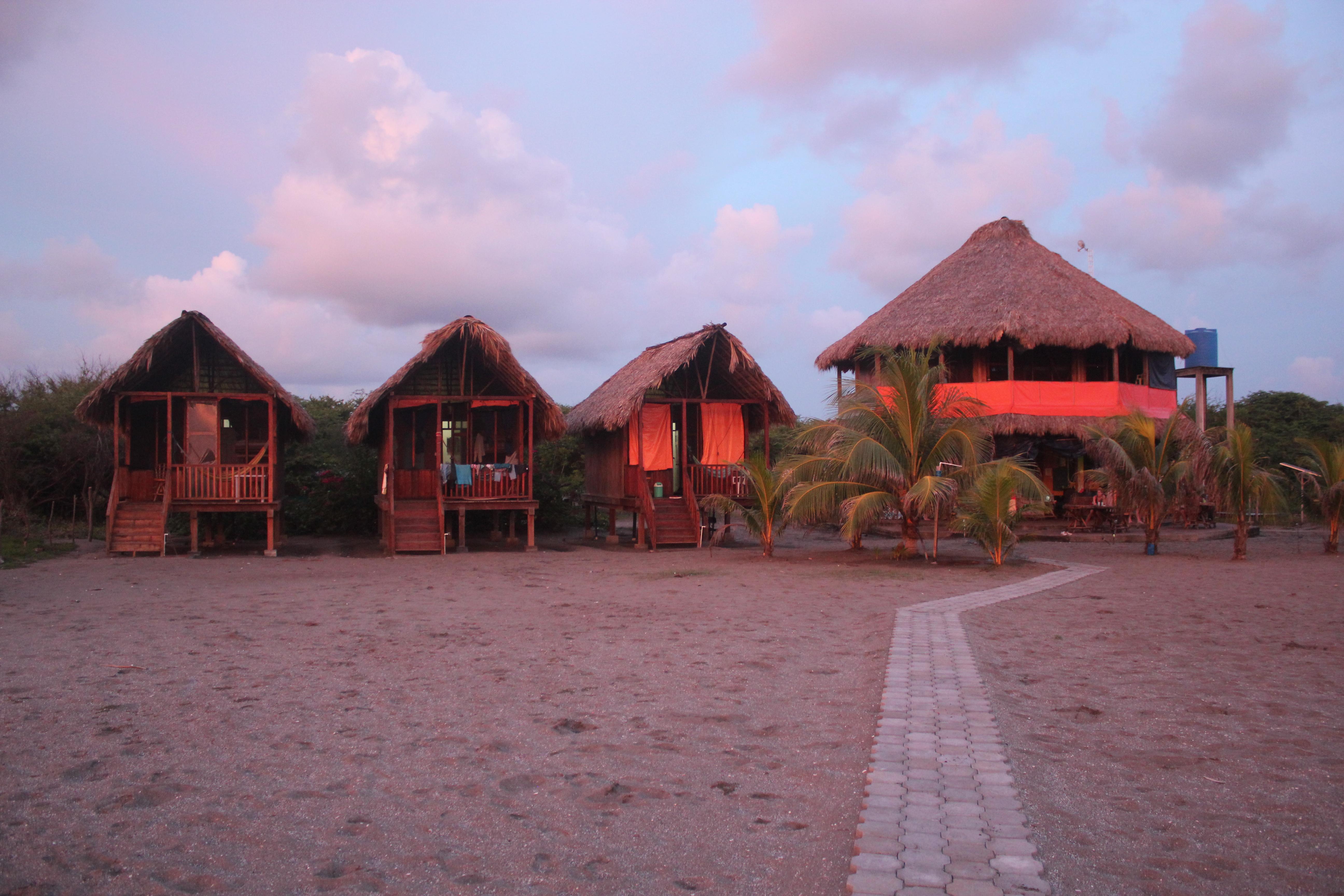 Sunset Bungalows; Isla Los Brasiles, Nicaragua; 2013