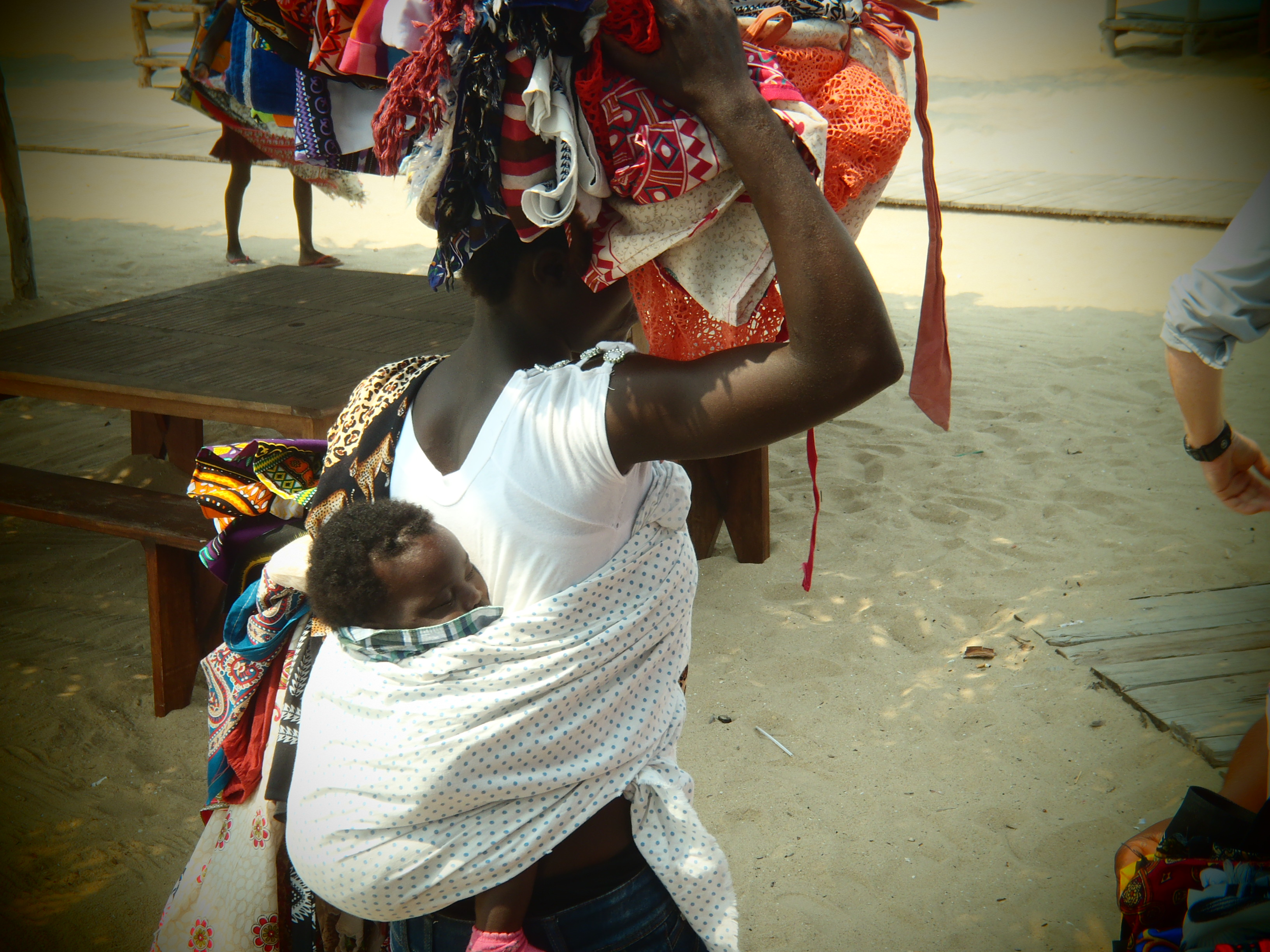 Little One Secure; Luanda, Angola; 2013