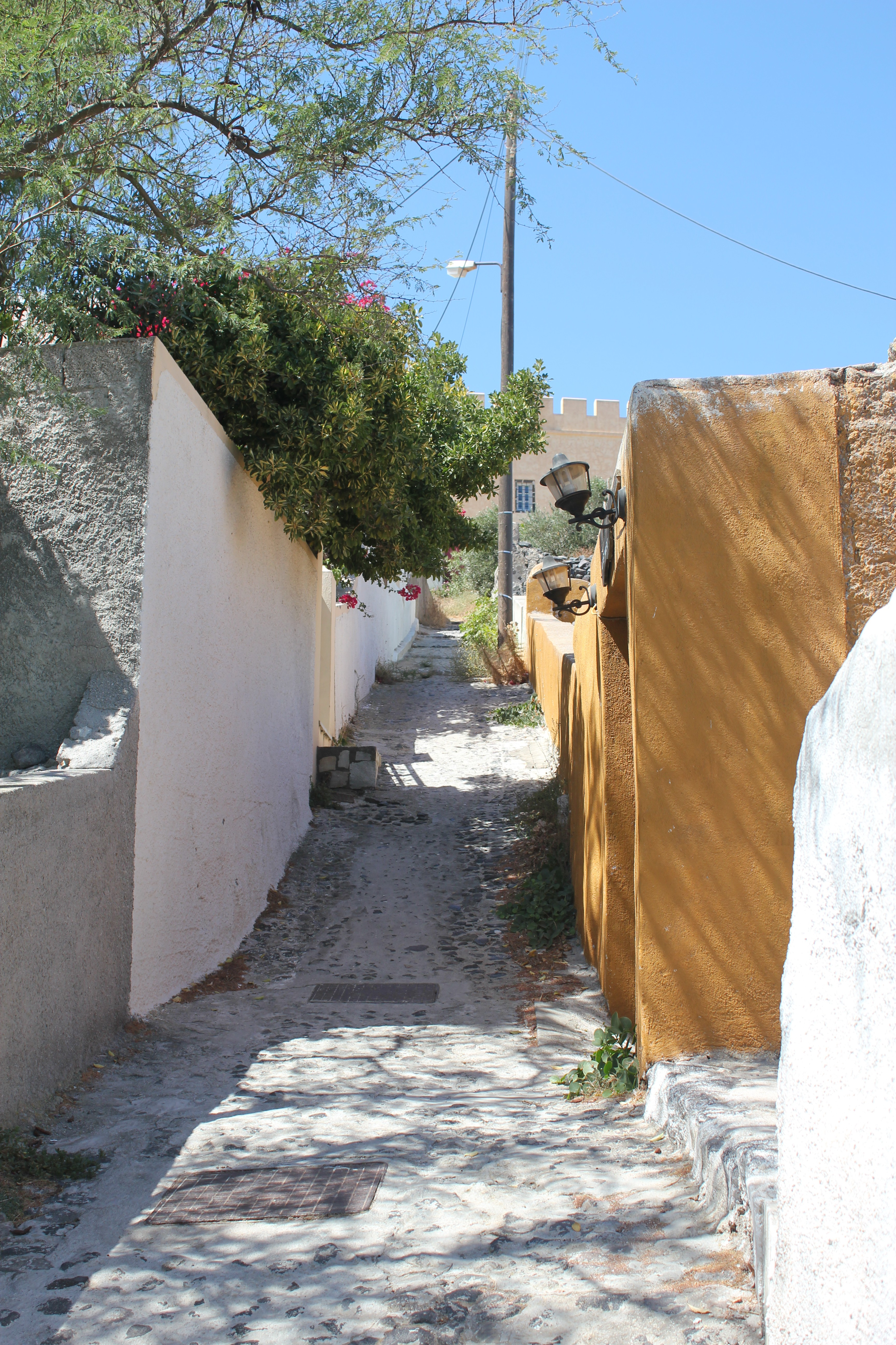 Cute Alleyway; Santorini Island, Greece; 2013
